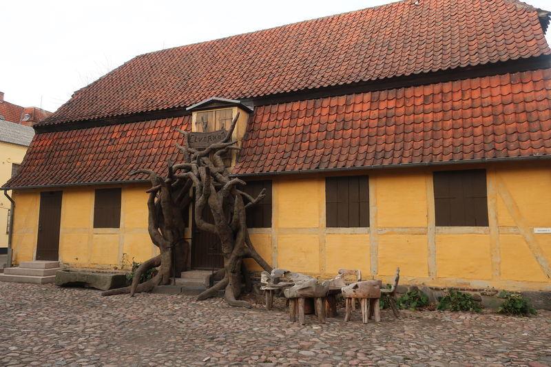 ミュンターゴーエンの古い家