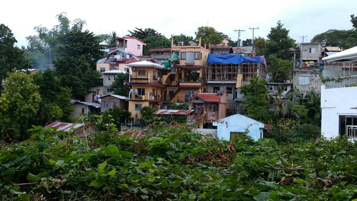 セブ島の山岳スラム