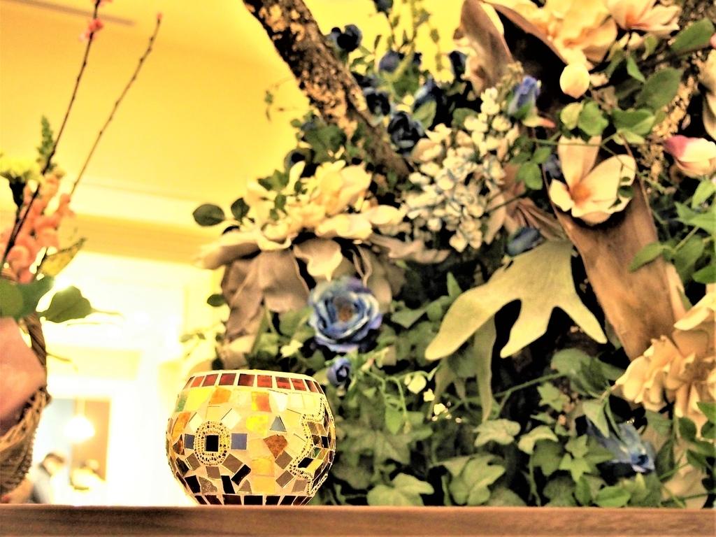 一色堂茶廊のセンターテーブル