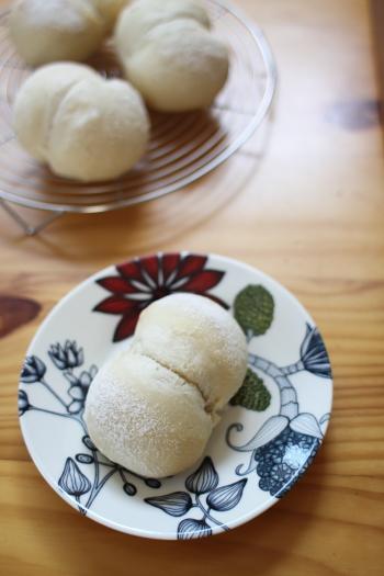国産小麦のノンオイル蜂蜜パン