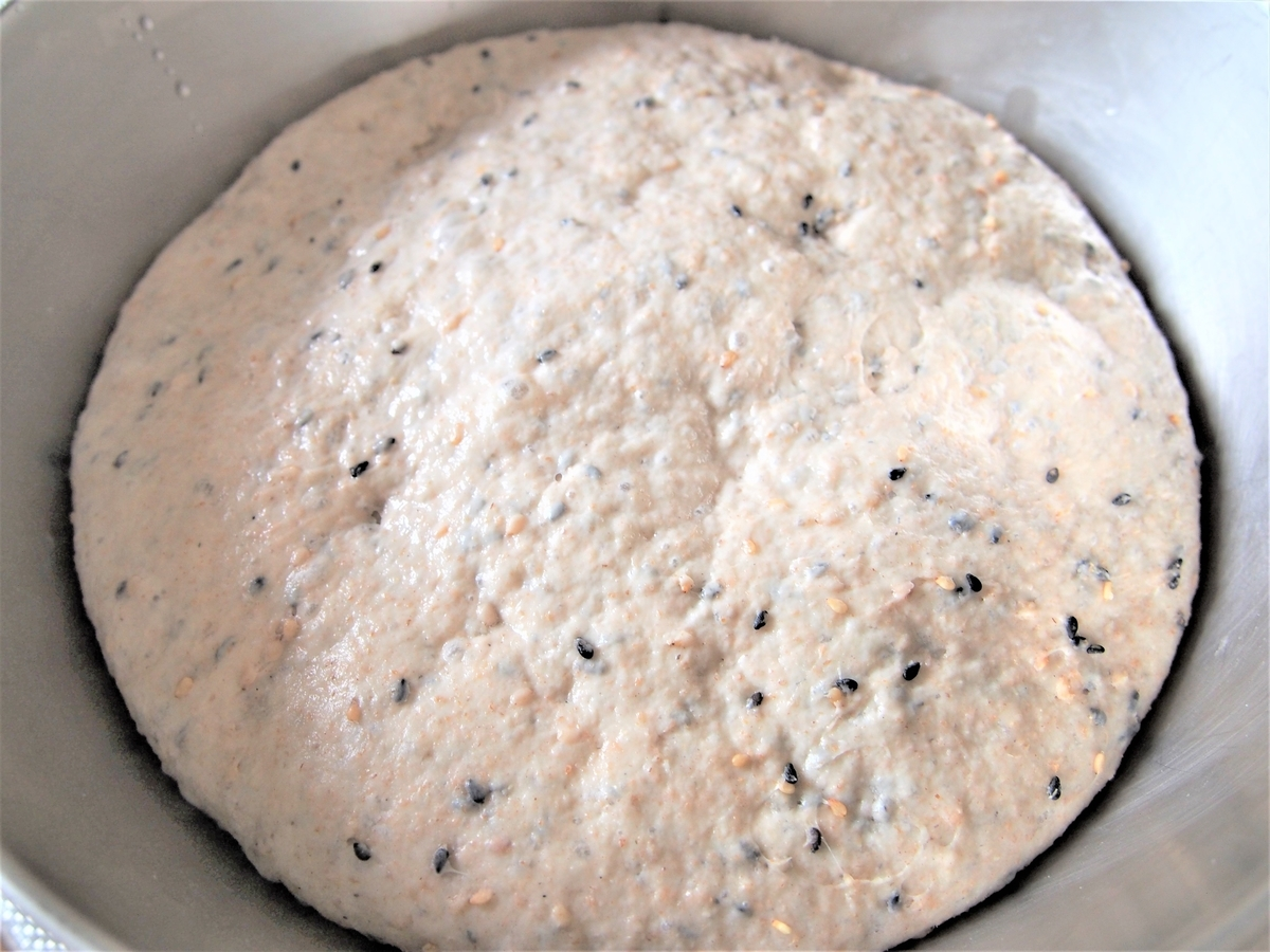 冷蔵庫で発酵させたパン生地