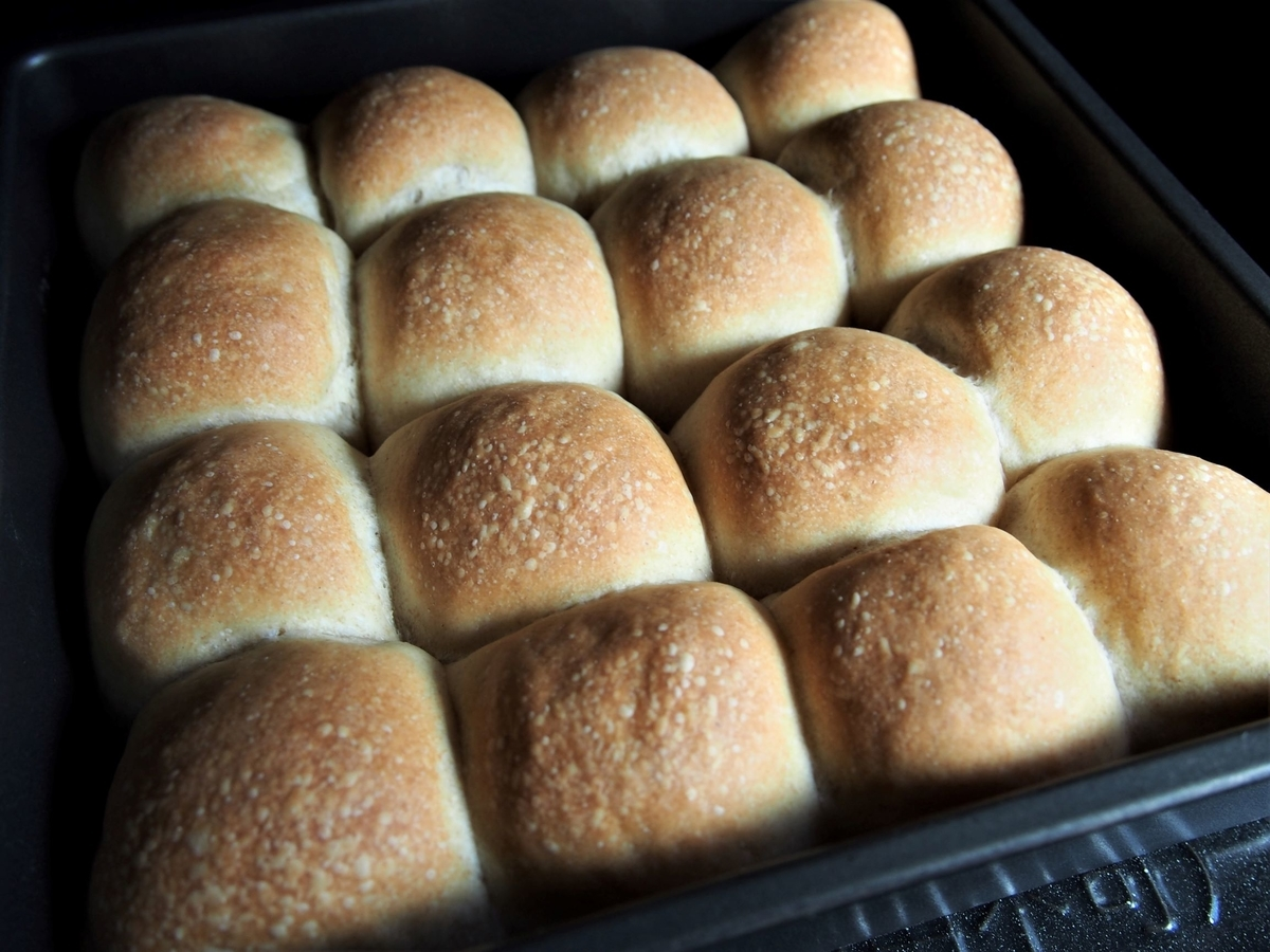 スクエア型で焼いたちぎりパン
