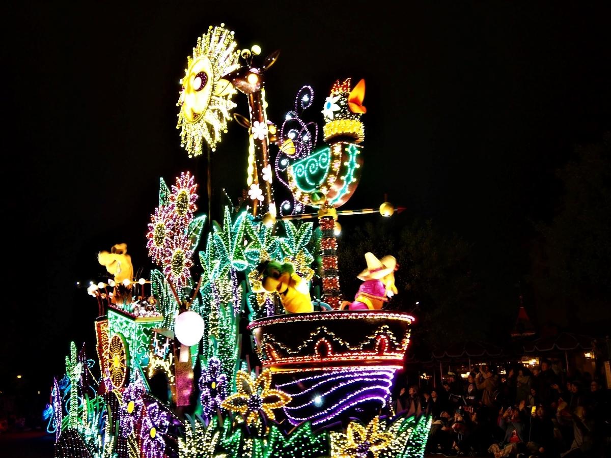 光と音のパレード・東京ディズニーランド・クリスマス