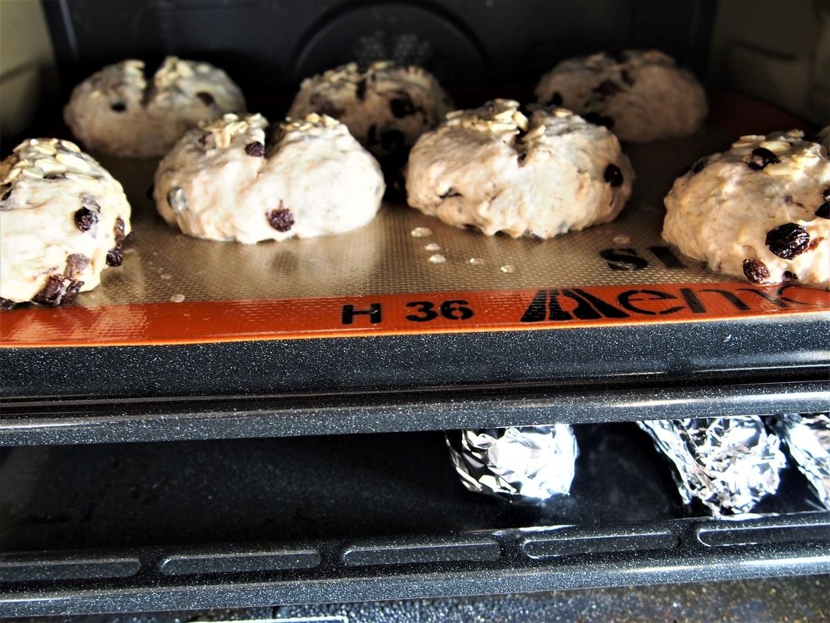 パンと焼き芋の2段同時焼成