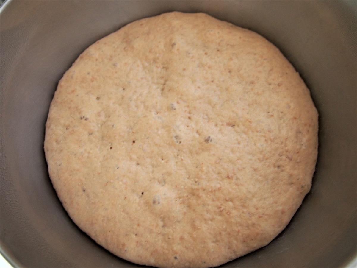 一次発酵完了のパン生地の様子