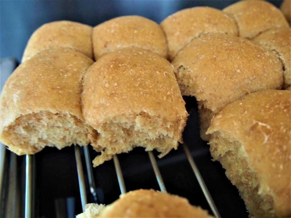 きなこのちぎりパン・粗熱を取る