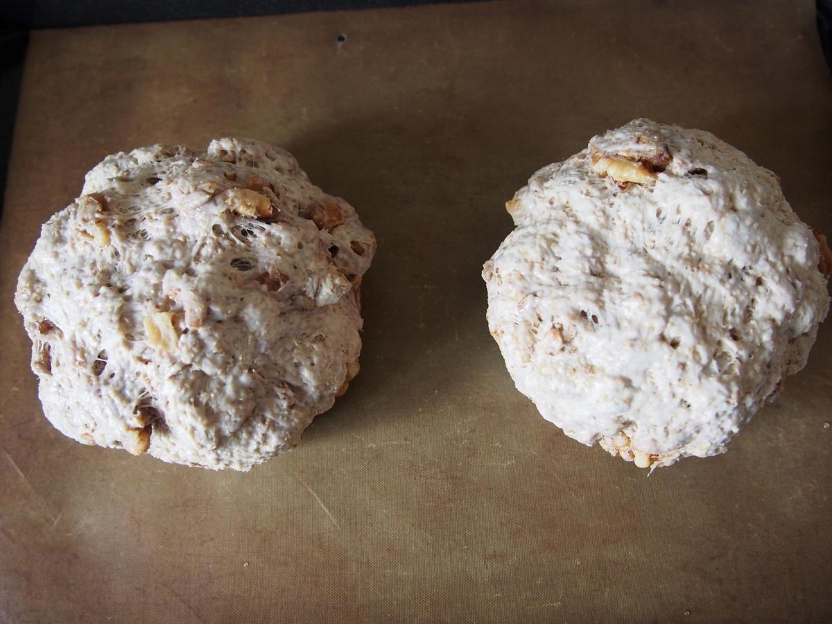 ライフレークとクルミのパンの製造過程
