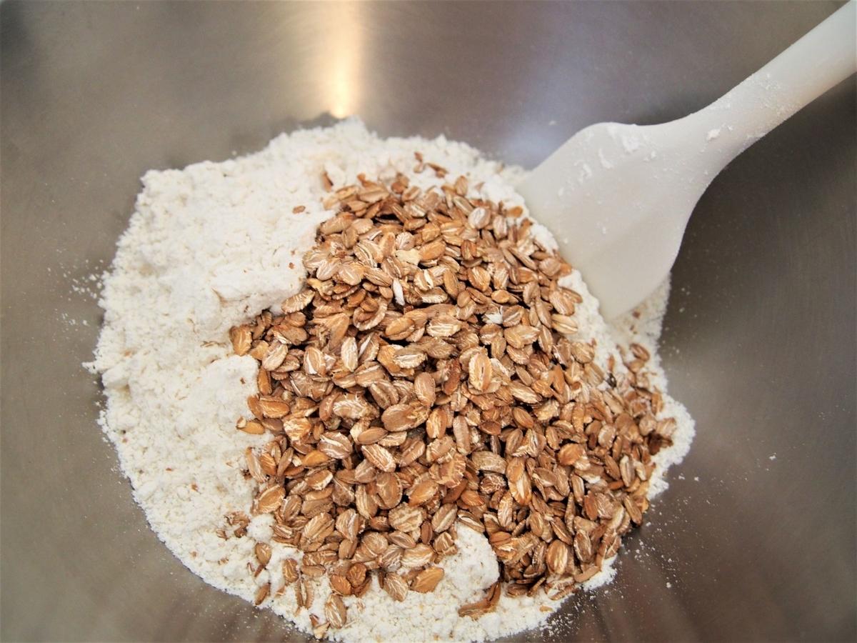 スペルト小麦とライフレークと塩