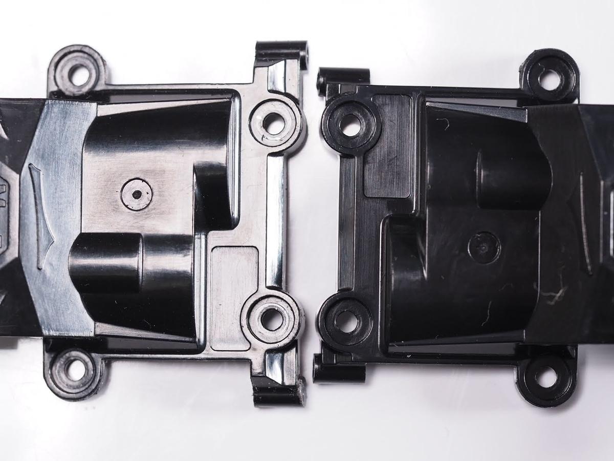 MZ411 アッパーカバーのワイドとナローの幅比較