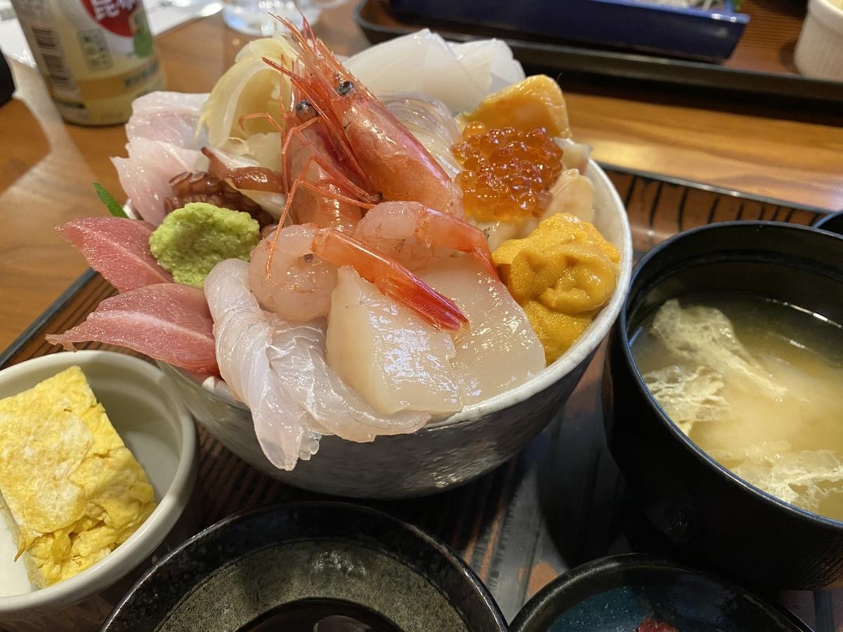 苫小牧の海鮮丼