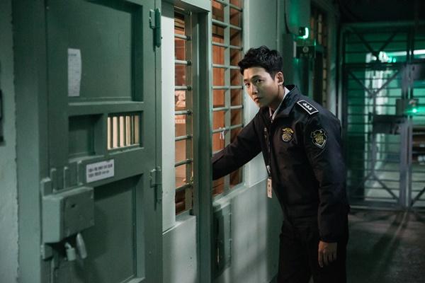 チョンギョンホ 刑務所のルールブック