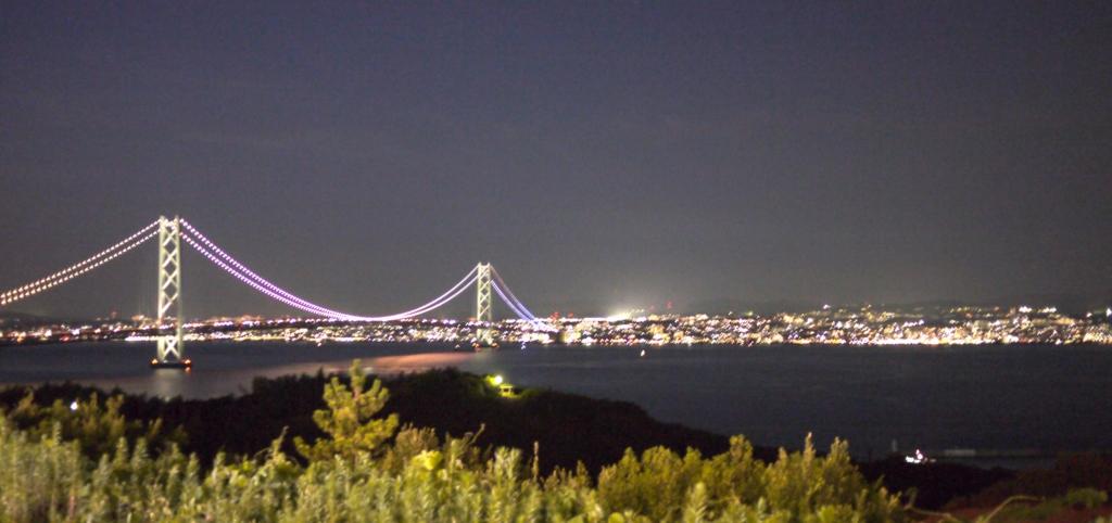 淡路島上りサービスエリア明石海峡大橋