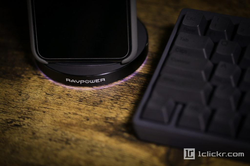 【レビュー】RAVPower iPhone X / iPhone 8対応2コイルQiワイヤレス充電器