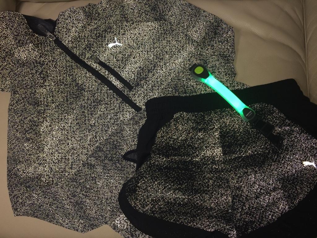ランニング 夜 寒い おすすめ 服装 レディース スタイル コーデ