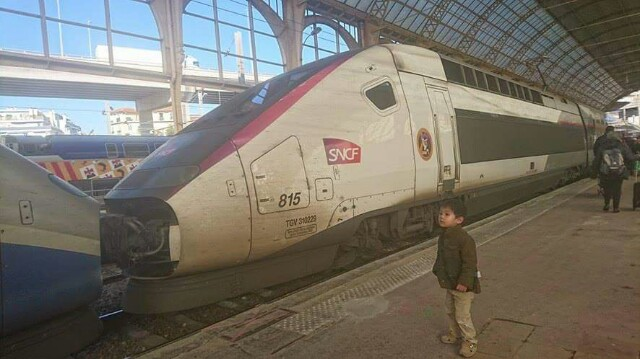 sncf-tgv-france-train