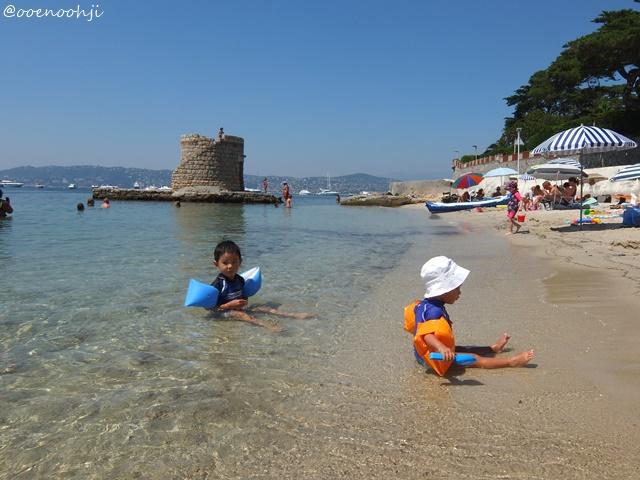 beach-antibes-nice-france