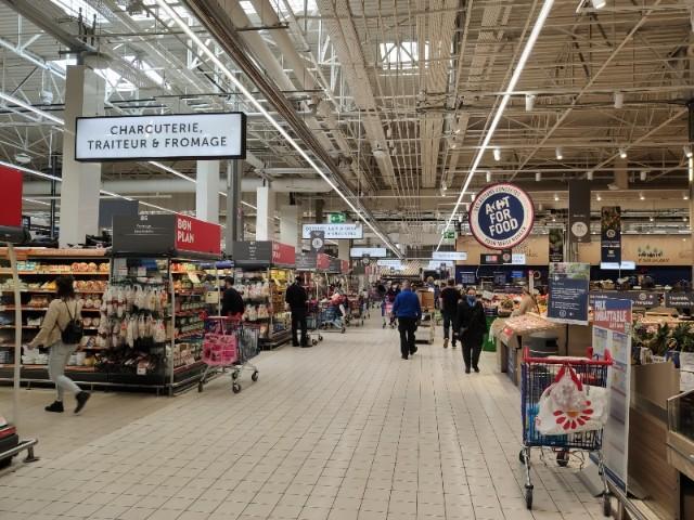 corona supermarket in France