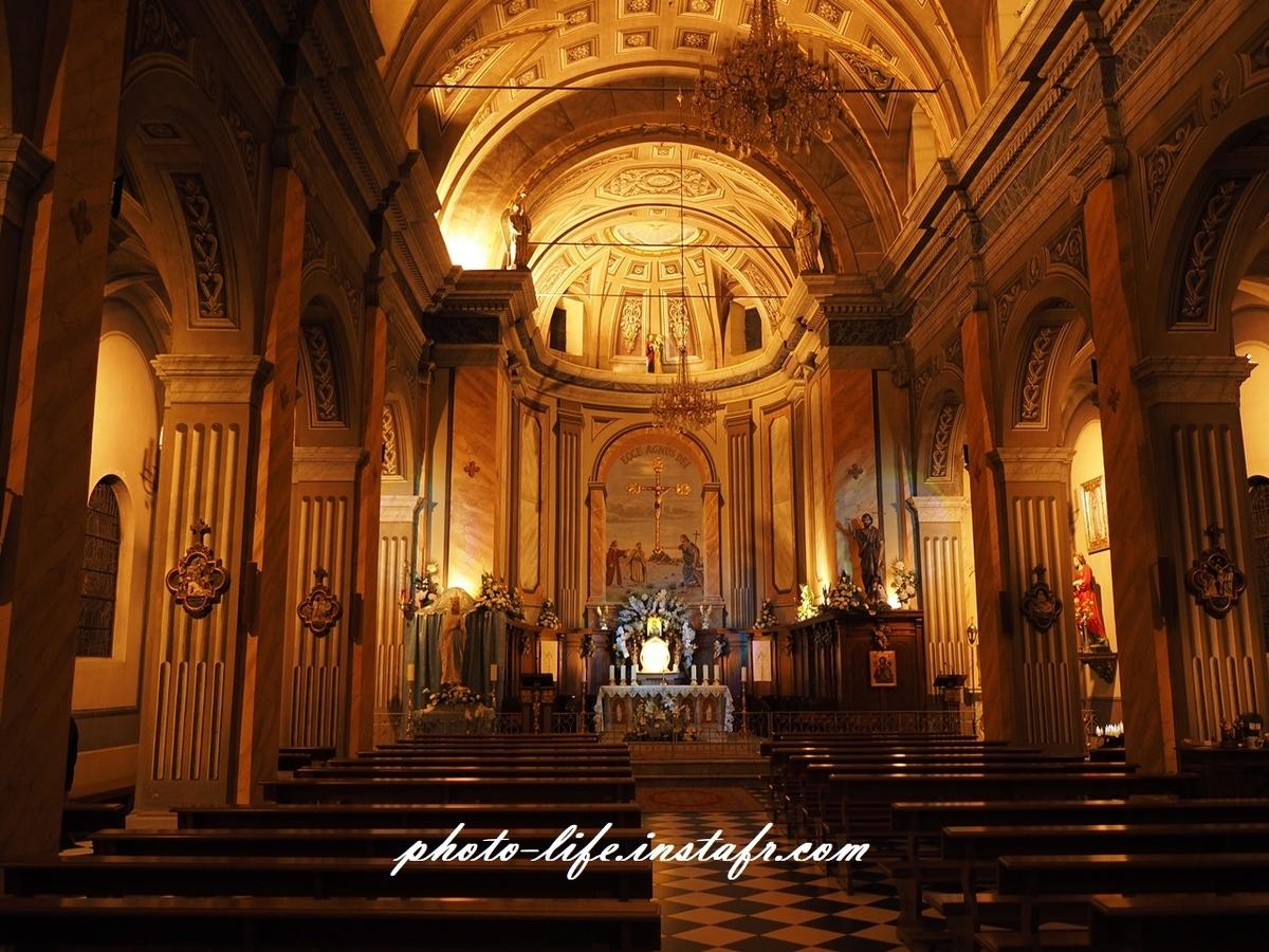 Leica DG SUMMILUX 15mm / f1.7 + 初代E-M1で教会の中を撮影