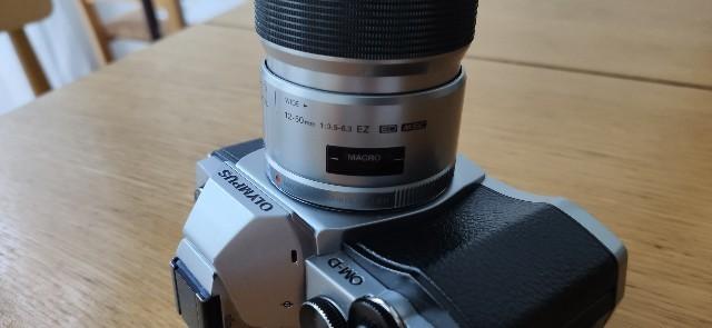 M.ZUIKO 12-50mm f3.5-6.3 の簡易マクロ撮影モード