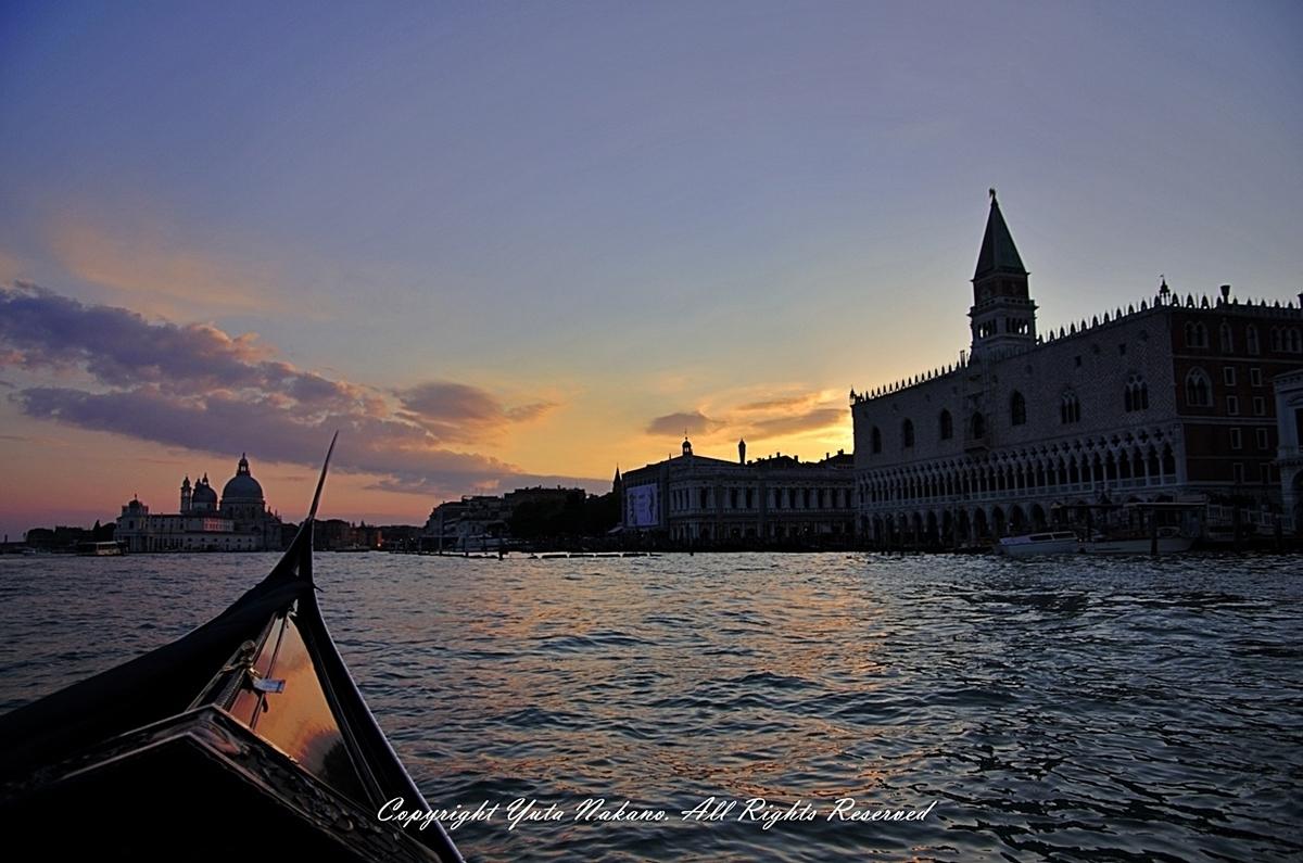 ダイナミックレンジのレビュー:Pentax 16-45mm f4 + K-5で夕方のヴェネツィアを撮影