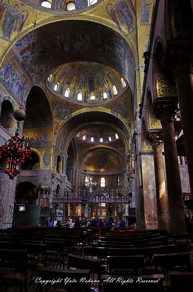 ヴェネツィア・サンマルコ寺院の中の教会