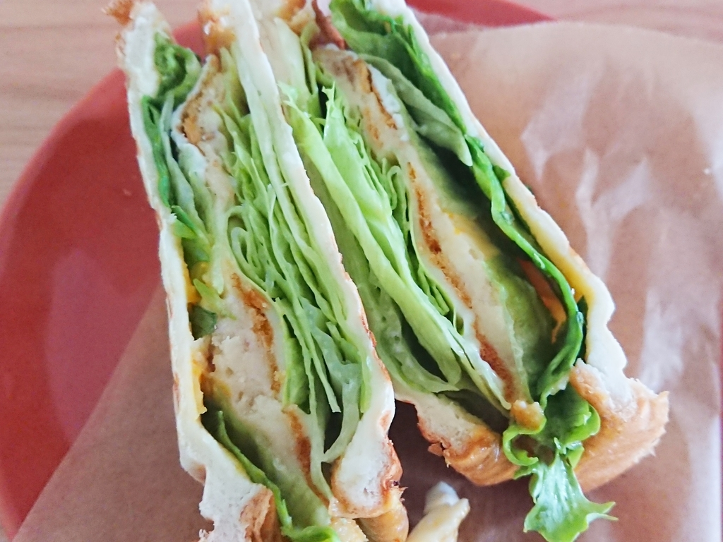 サンドイッチの断面図