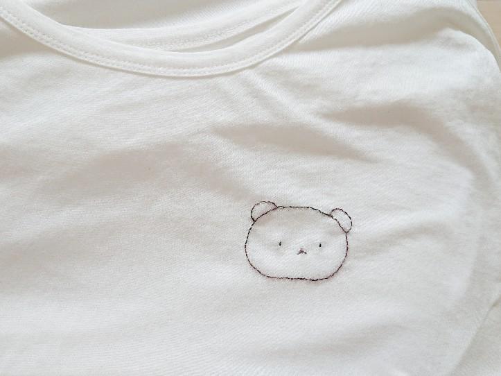 Tシャツにくまさんの刺繍