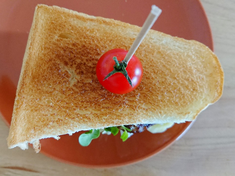 食パンハンバーガー