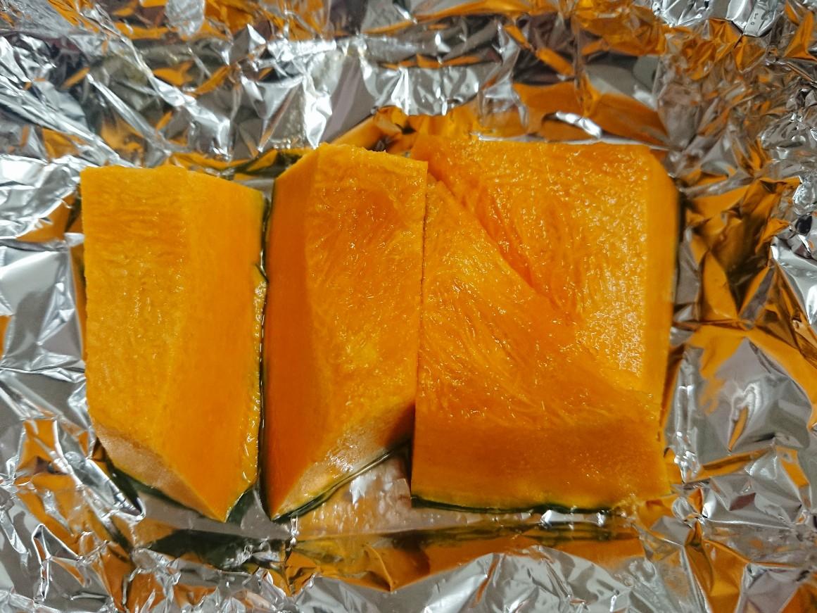 柔らかく煮たかぼちゃ