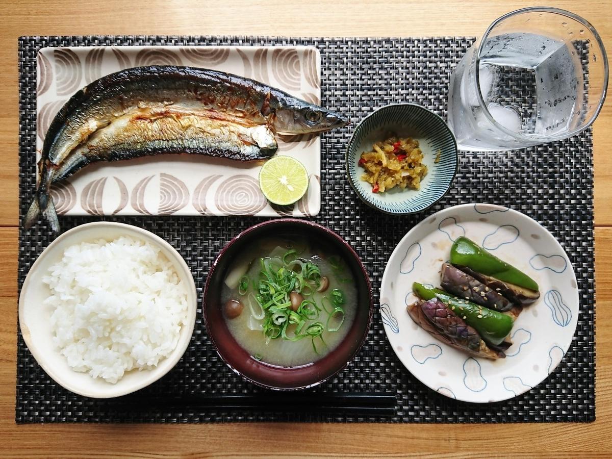 秋刀魚定食ごはん