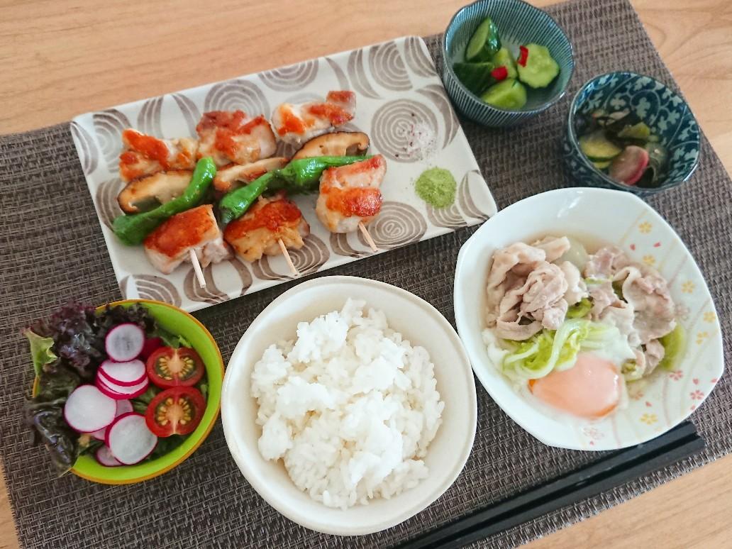 ご飯 焼き鳥 豚肉と白菜の煮物 小鉢