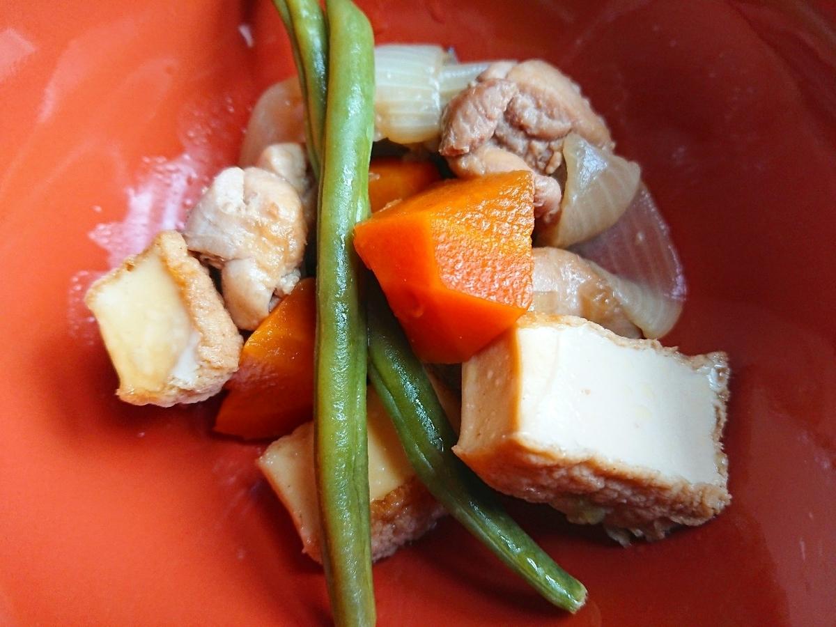 鶏や野菜の煮物