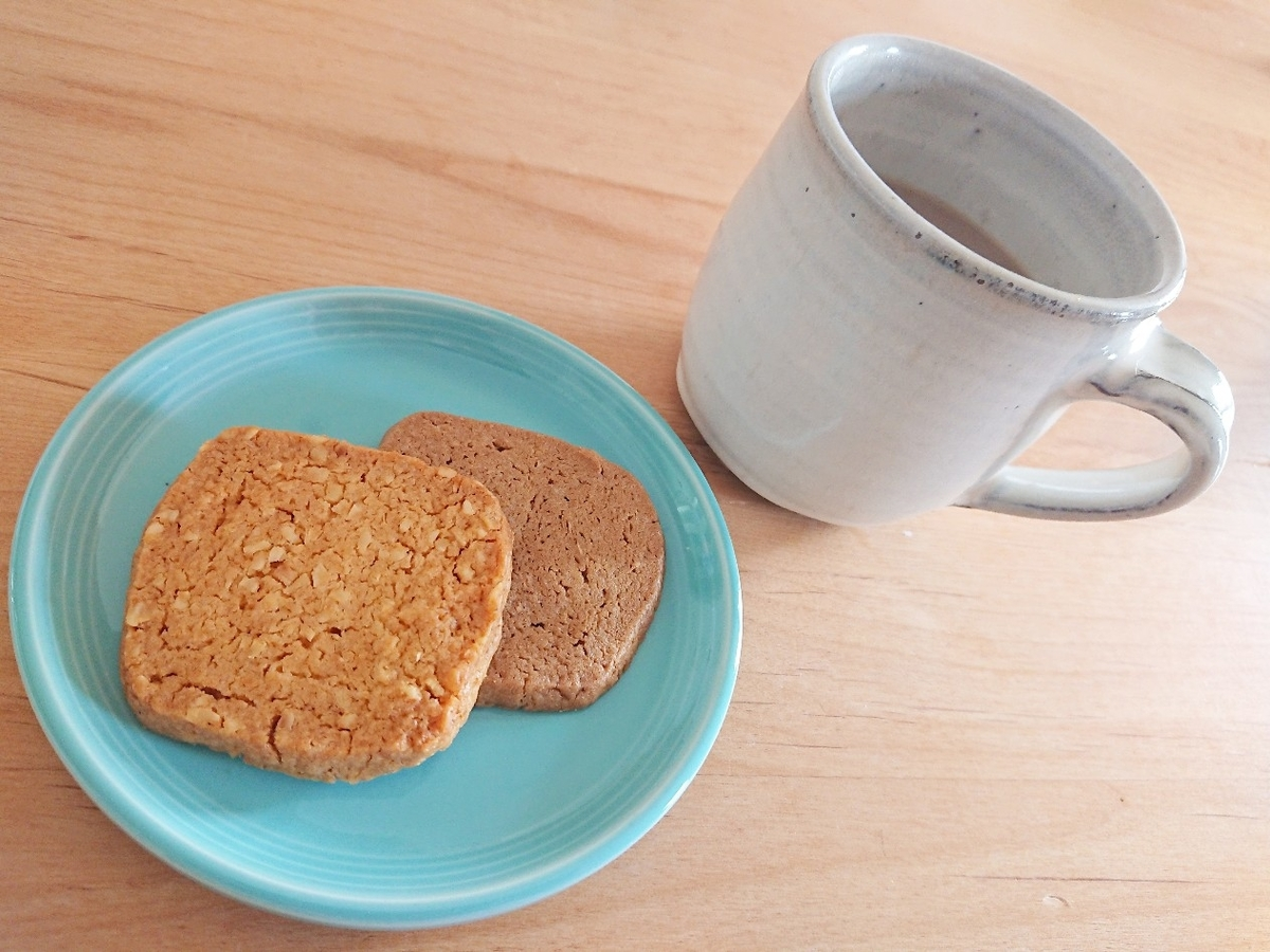 ヘーゼルナッツクッキー コーヒー
