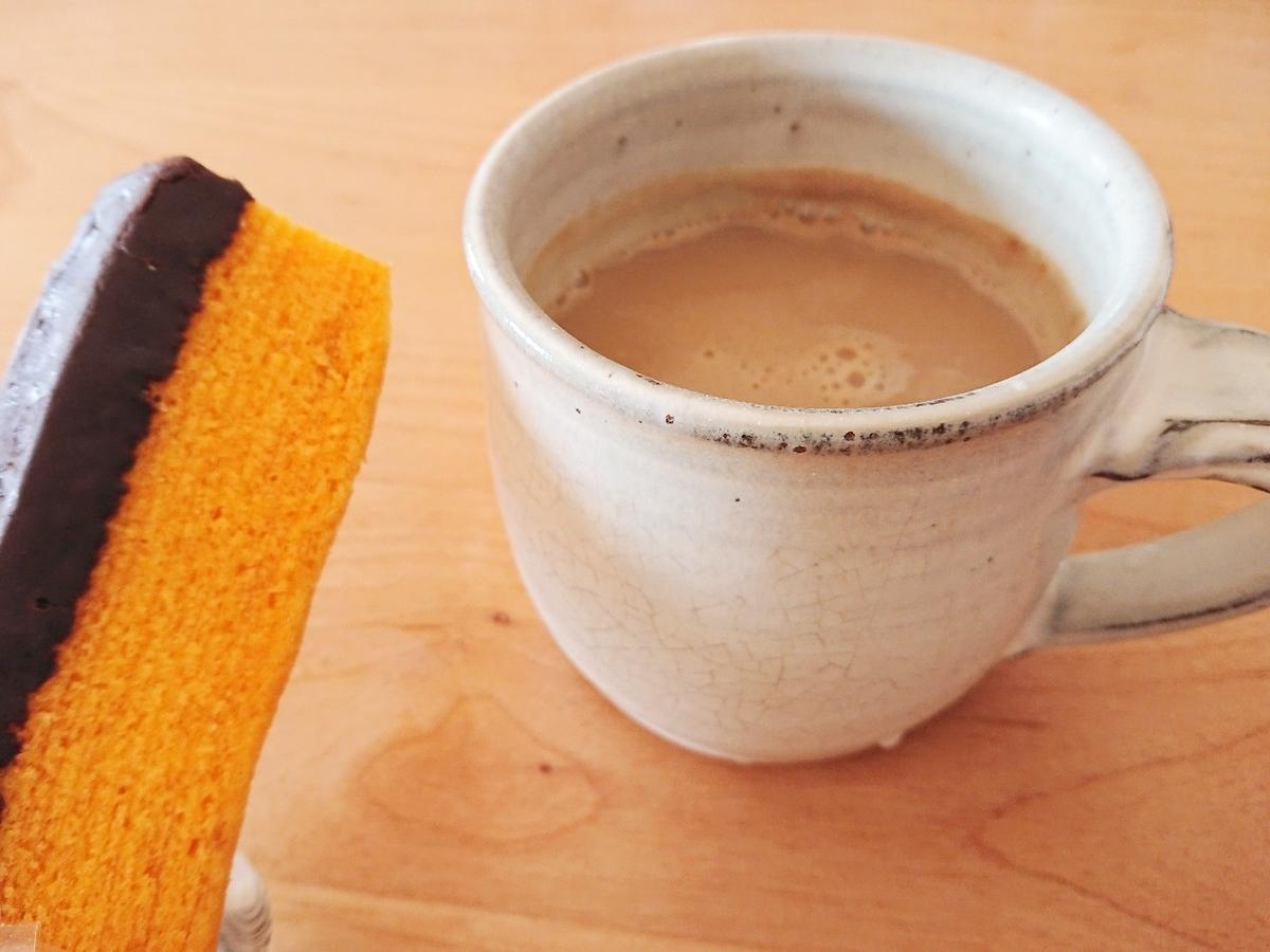 コーヒーとバウムクーヘン