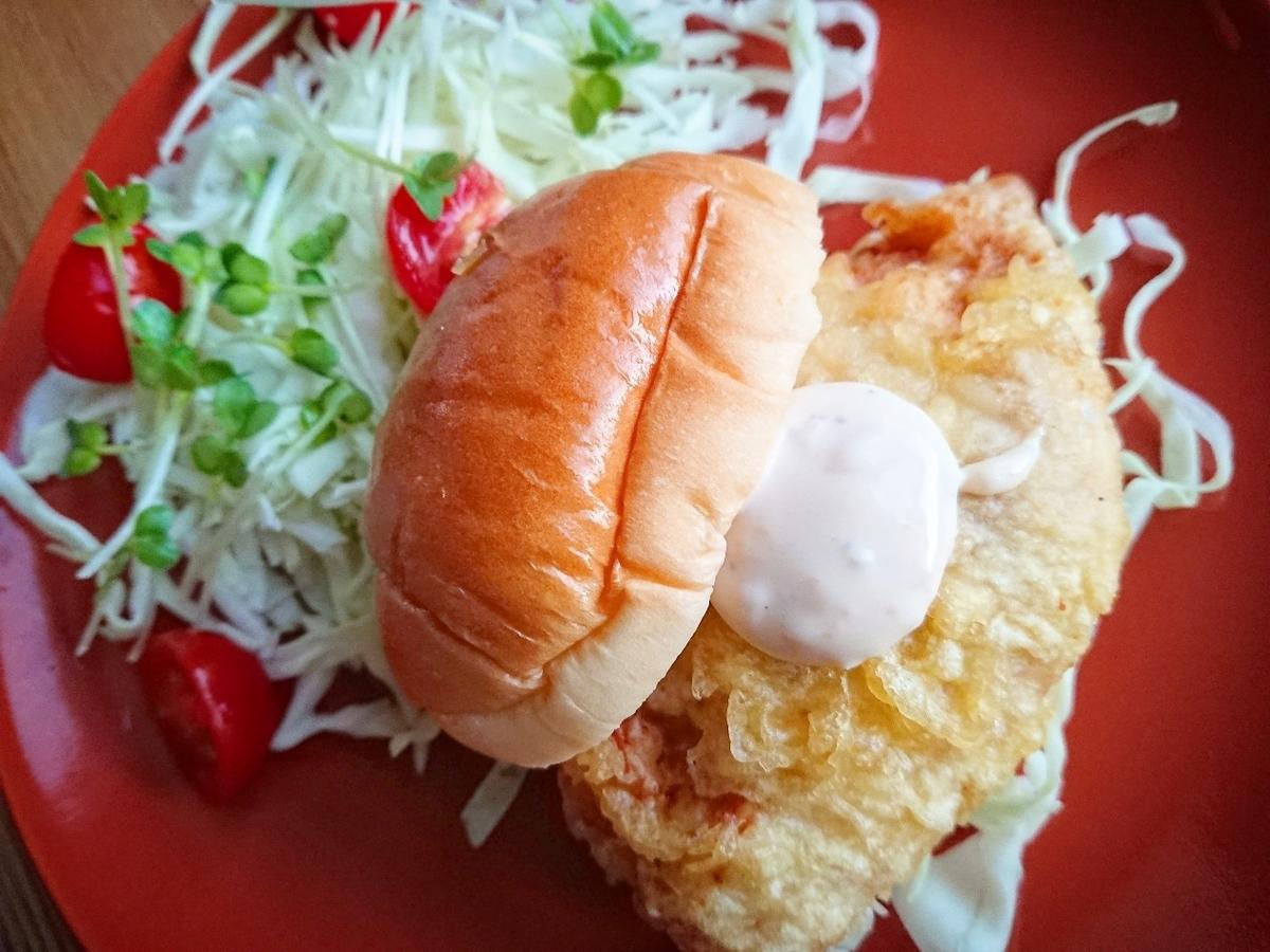 鶏天ロールパンサンドイッチ