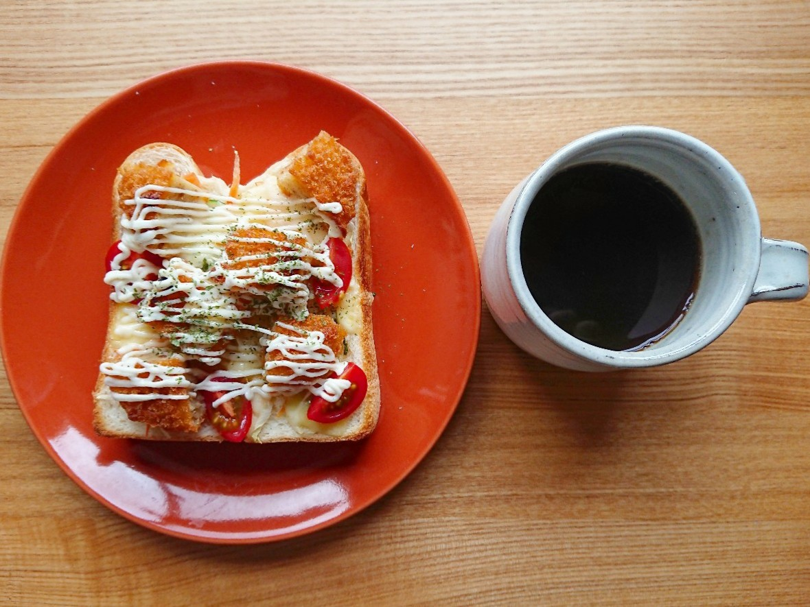 コロッケトースト ブラックコーヒー