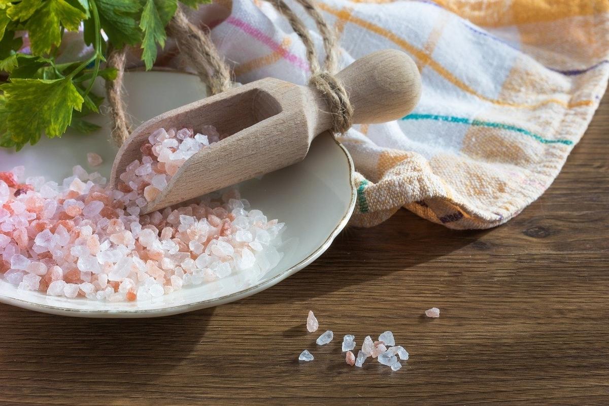 ピンク色の岩塩
