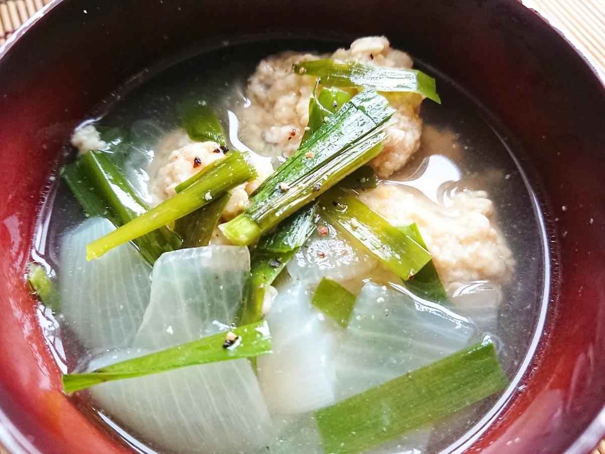 新玉ねぎと鶏団子のスープ