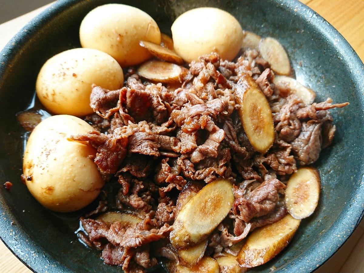 牛肉とごぼうのしぐれ煮とゆで卵