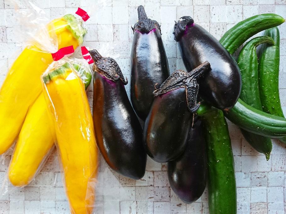 夏野菜 黄色ズッキーニ 茄子 きゅうり