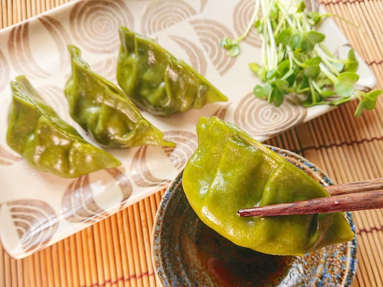 緑色の翡翠餃子
