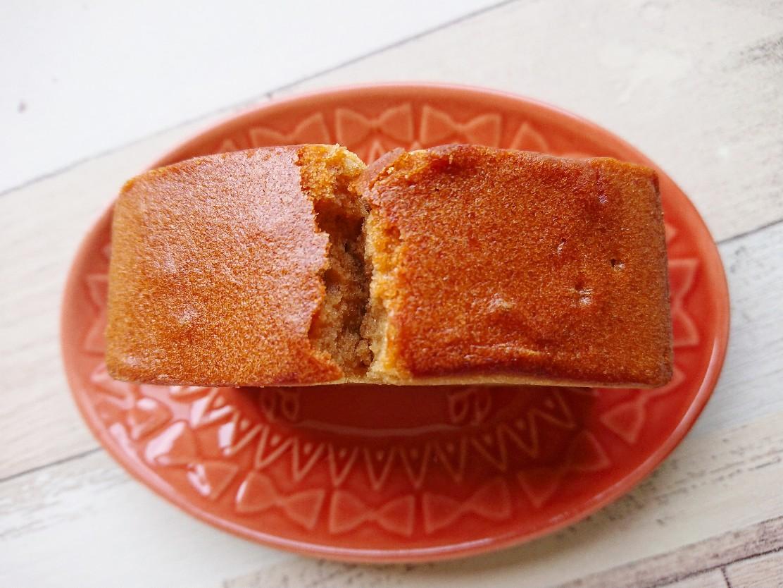 厚切りのパウンドケーキ