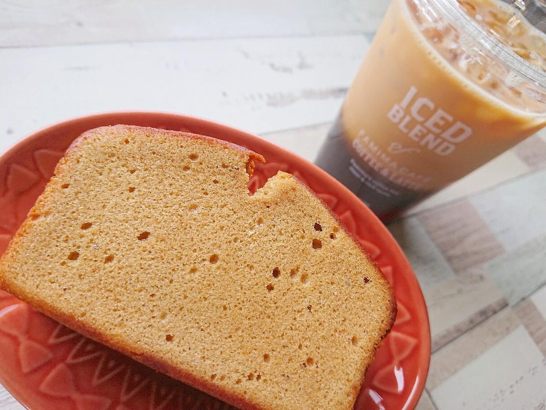 キハチ メープルパウンドケーキ ファミマのアイスコーヒー