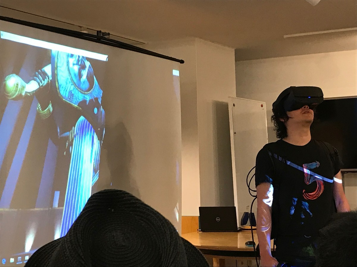 Mr. GOROman Started the VR game Sword of Gargantua, and Faced with the Enemy in the VR Space.