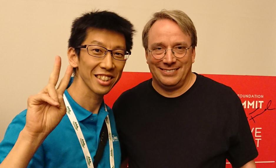 Linusと一緒に写った画像