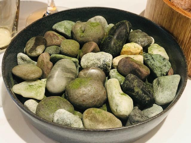 ルカンケ 小石