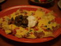 8/26、Tex-Mexの夕食。このナチョスが「サービス」ですって!
