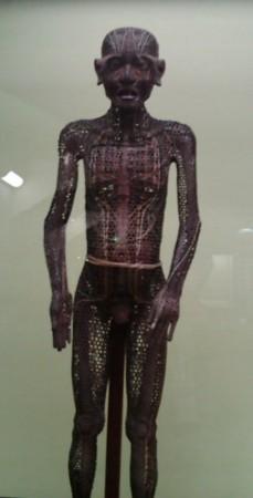 東京国立博物館にて、特集陳列「医学」より「銅人形」。