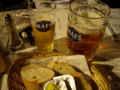 [ベルギー]グラン・プラスで夕食。まずはベルギー・ビールで乾杯。