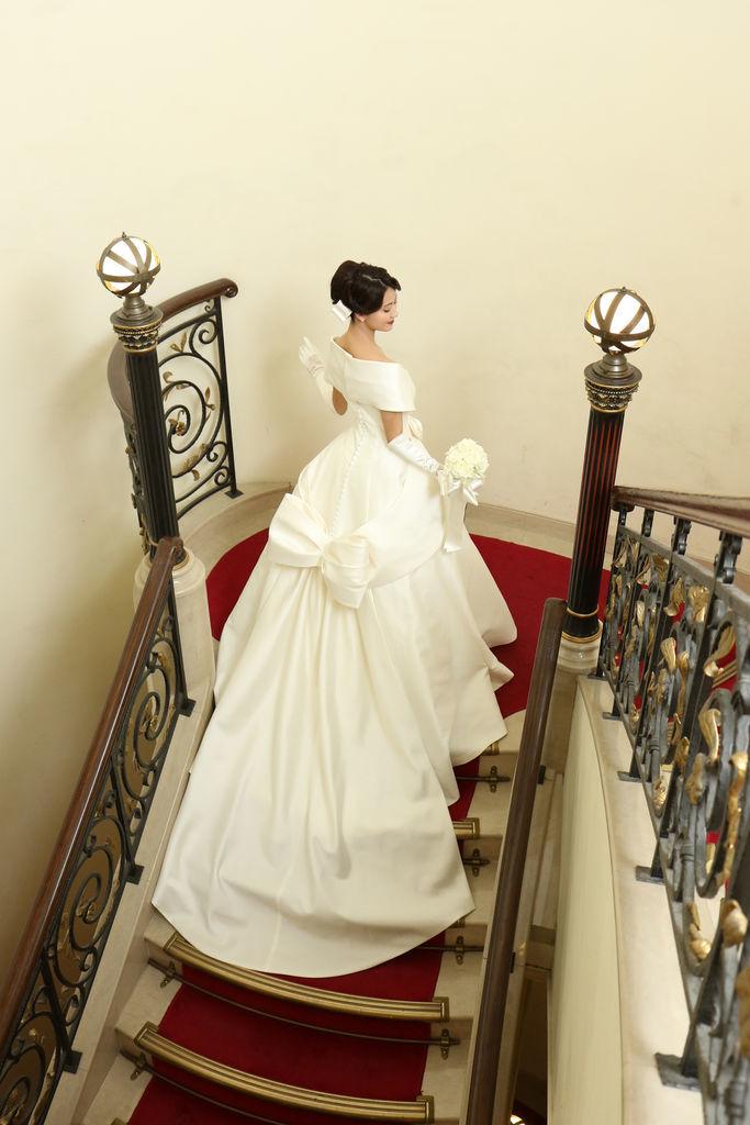 エマリーエ ウェディングドレス